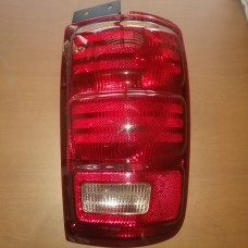 1998-2002 Ford Expedition Tail Light